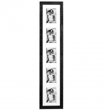 Dorr Indiana Vertical Black Gallery Frame for 5 6x4 Photos