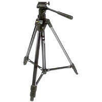 Canon Deluxe 200 with 3-Way Pan Head Built in Bubble Level Tripod